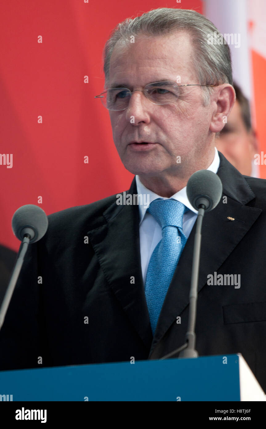 Jacques Rogge - IOC President,makes a speech inviting the worlds athletes to attend the 2012 Games, London 27th - Stock Image