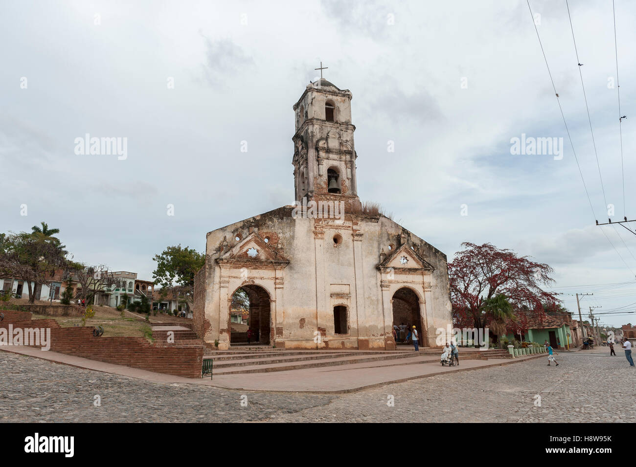 Facade of old colonial church ruins in Trinidad, Cuba - Stock Image