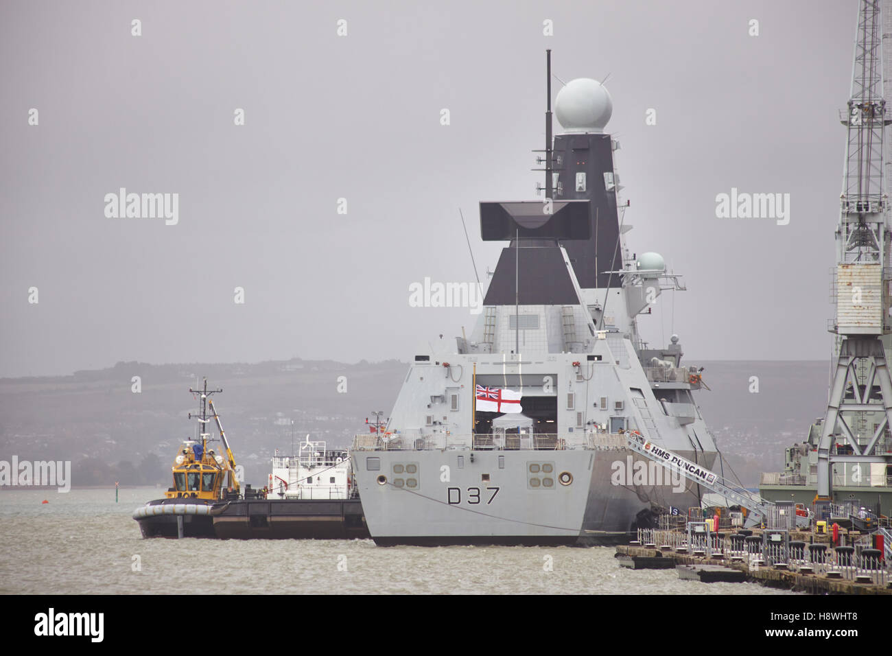 HMS Duncan (D37) at Portsmouth - Stock Image