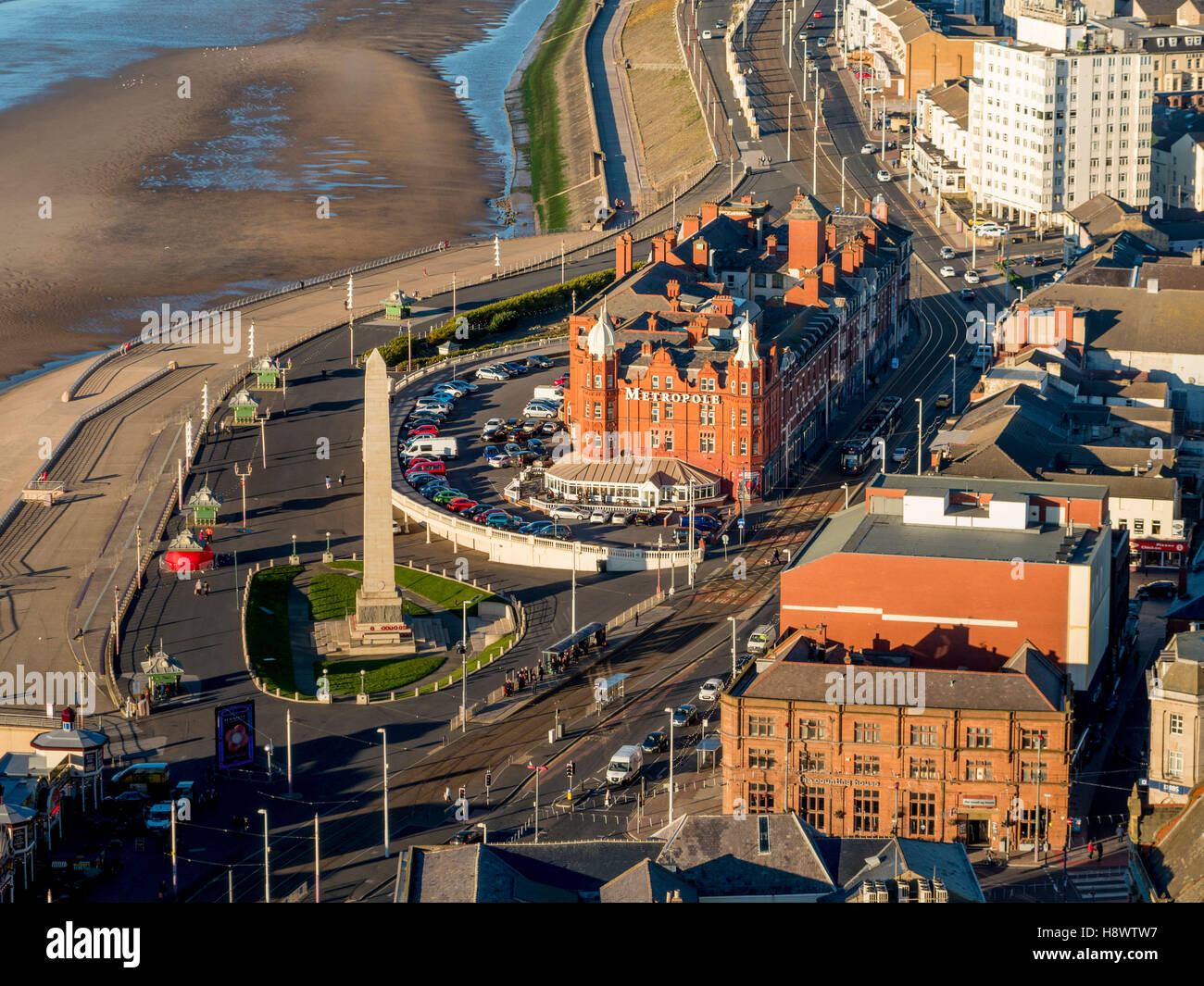 War monument and Metropole Hotel, North seafront, Blackpool, Lancashire, UK. - Stock Image