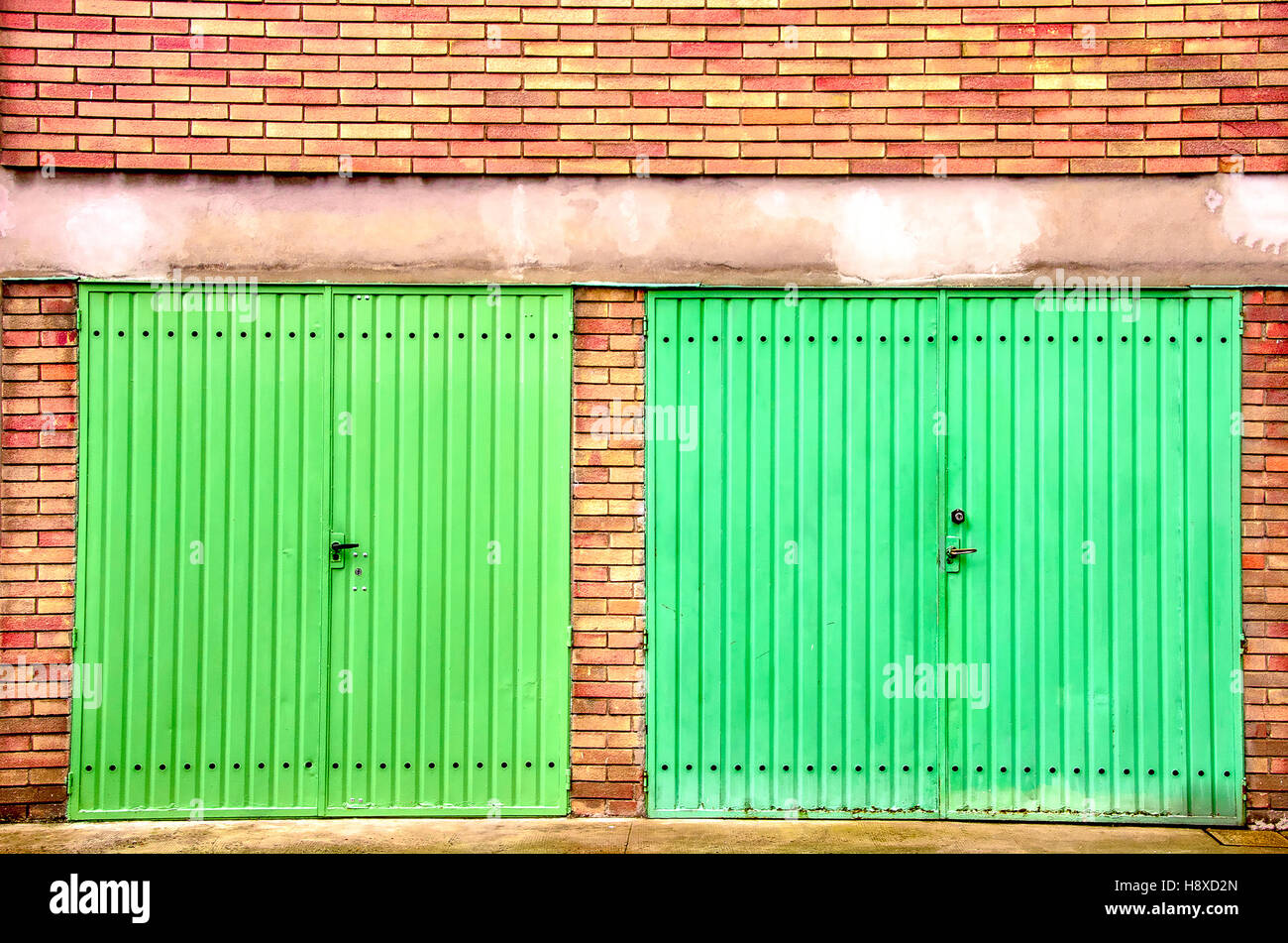 Red Brick Shelter Stock Photos Red Brick Shelter Stock Images Alamy