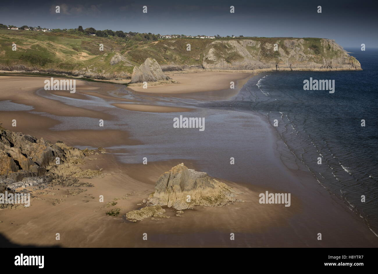 Three Cliff Bay in spring; Penmaen, Gower Peninsula AONB, South Wales. - Stock Image