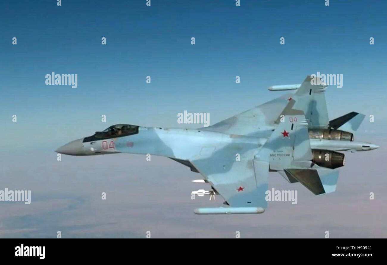SYRIA - NOVEMBER 17, 2016: A Sukhoi Su-33 fighter aircraft on a mission to carry out airstrikes against Islamic - Stock Image