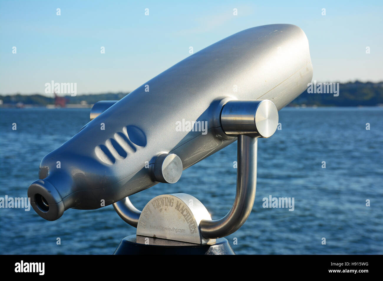 Telescope - coin operated - Stock Image