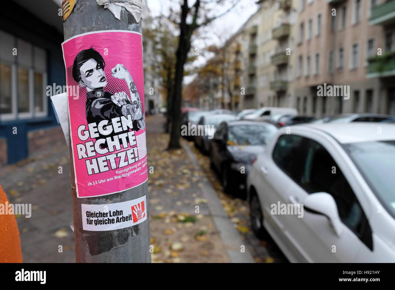 Anti Fascism Anti Nazi Anti Racism poster GEGEN RECHTE HETZE! in November 2016 Prenzlauer Berg, Berlin Germany  - Stock Image