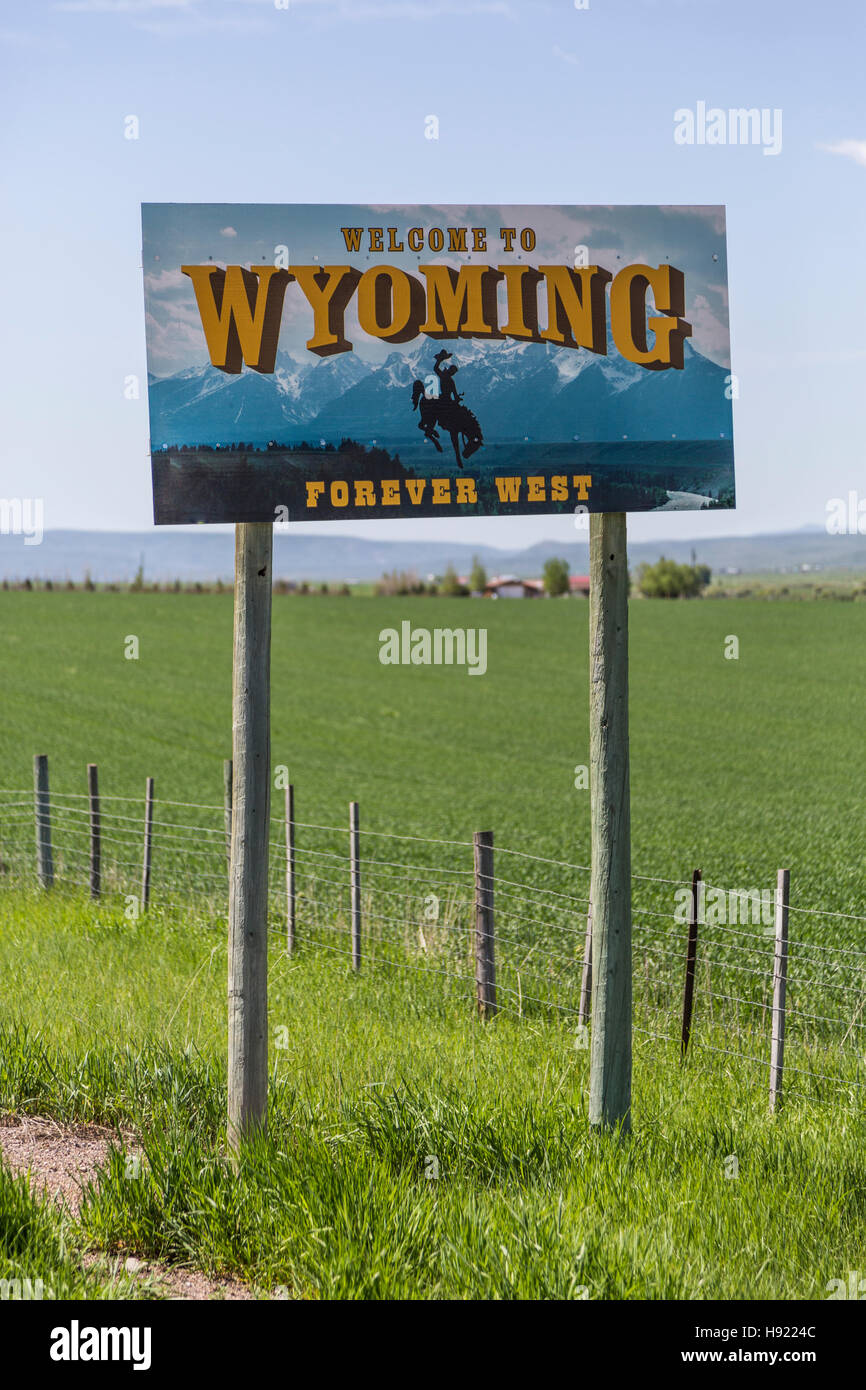 Welcome to Wyoming Sign close-up Stock Photo