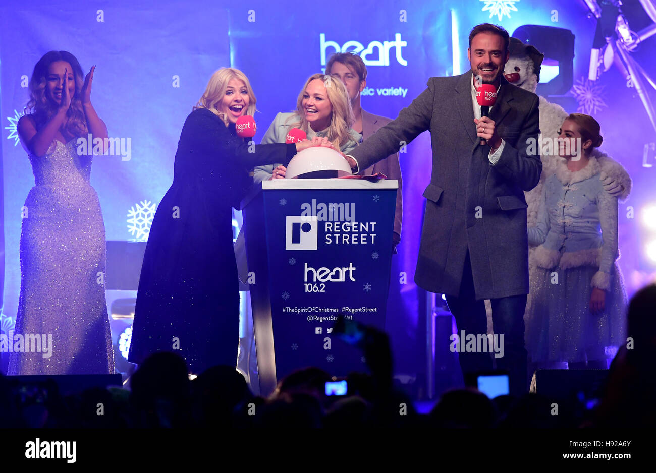 Jamie theakston and emma bunton stock photos jamie theakston and holly willoughby switches on the regent street spirit of christmas lights display alongside heart spiritdancerdesigns Images
