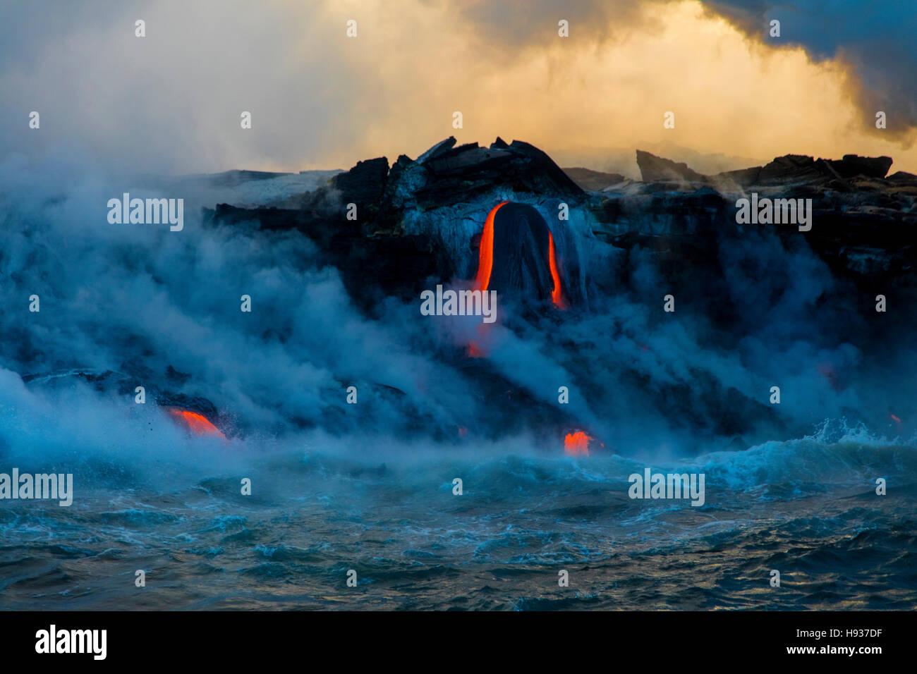 Lava Boat Tour, Kilauea Volcano, HVNP. Island of Hawaii, Hawaii - Stock Image