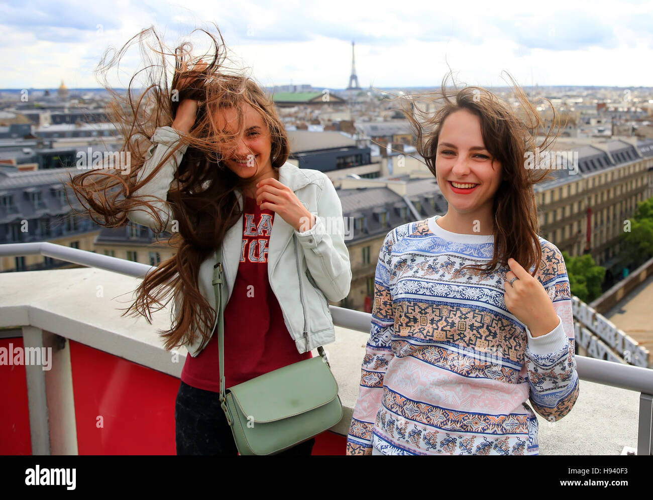 Happy beautiful girls in Paris - Stock Image