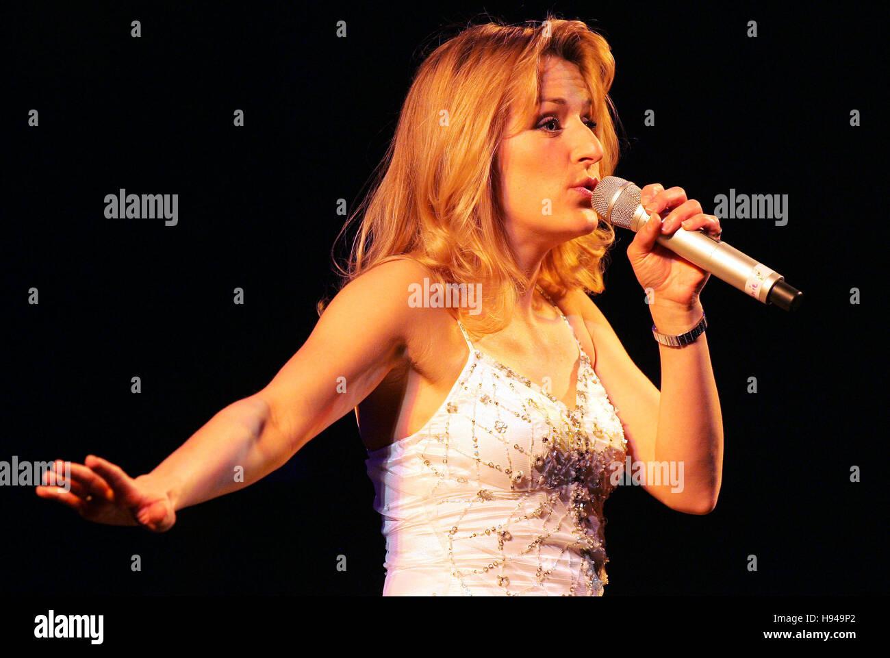 "Stefanie Hertel, star guest, ""Volksmusik ist Trumpf"" tour, community house, Freital, Saxony, Germany Stock Photo"