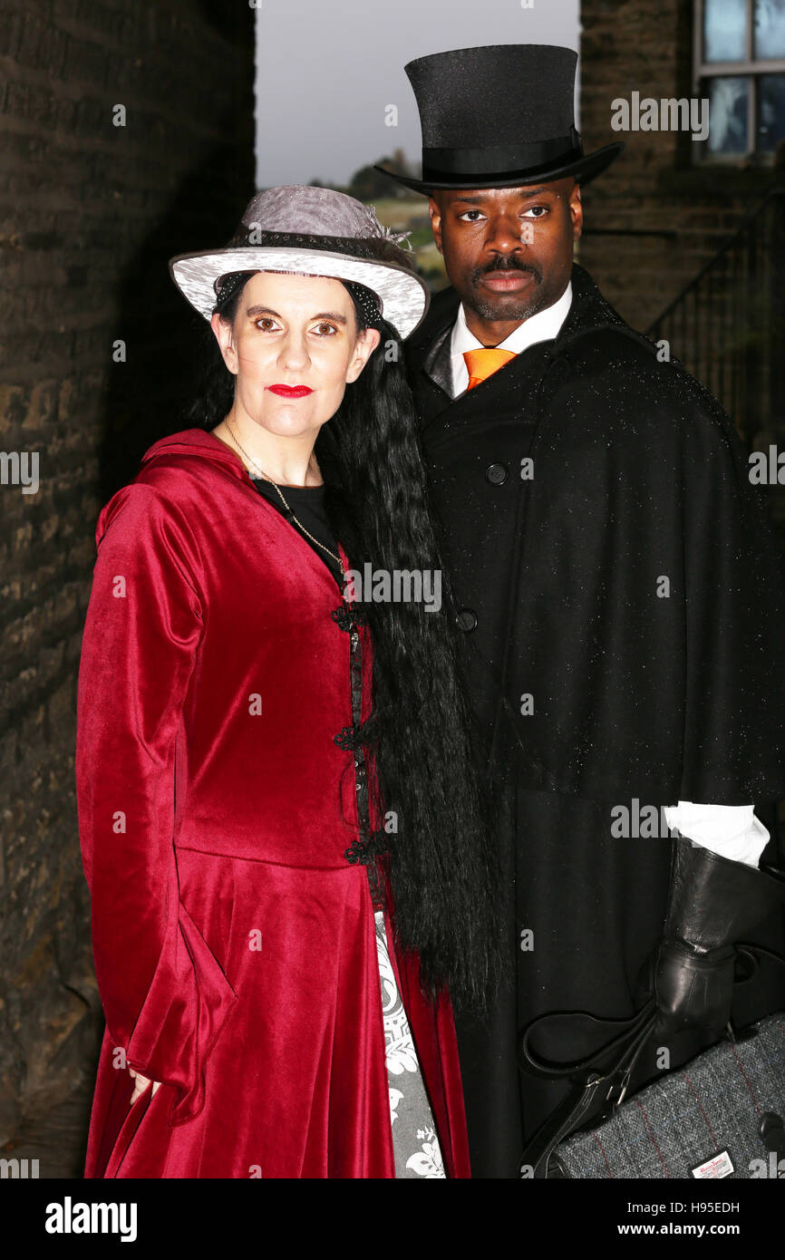 Haworth, UK. 19th Nov, 2016. A couple in Victorian clothing in Haworth, 19th November 2016. Credit:  Barbara Cook/Alamy Stock Photo