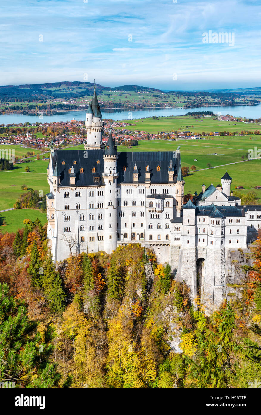 Famous Neuschwanstein Castle in autumn. Germany, Bavaria. Beautiful german landscape - Stock Image