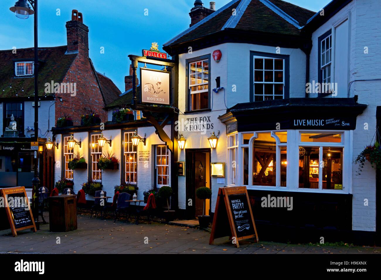 The Fox & Hounds pub in Lyndhurst, Hampshire, England UK - Stock Image