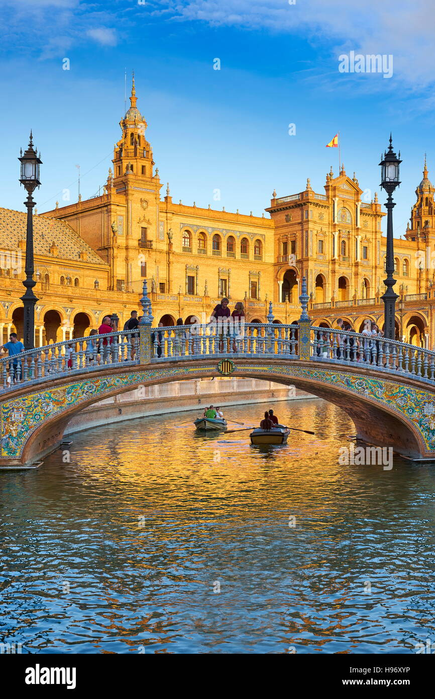Spain - Plaza de Espana, Seville, Andalusia - Stock Image