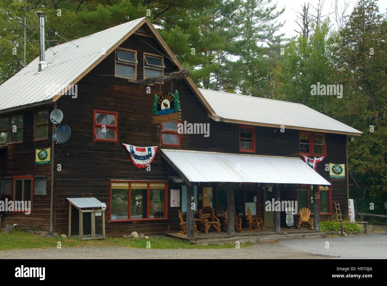 Paradox General Store, Adirondack Park, New York Stock Photo