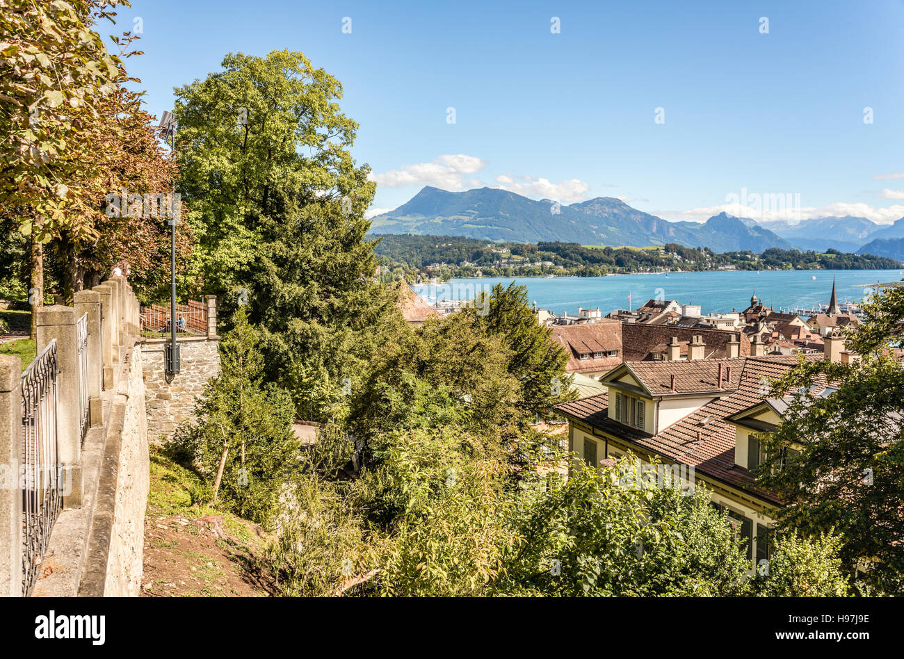 View from the Musegg Wall over town of Lucerne towards Lake Lucerne, Switzerland. | Aussicht von der Musegg Mauer - Stock Image