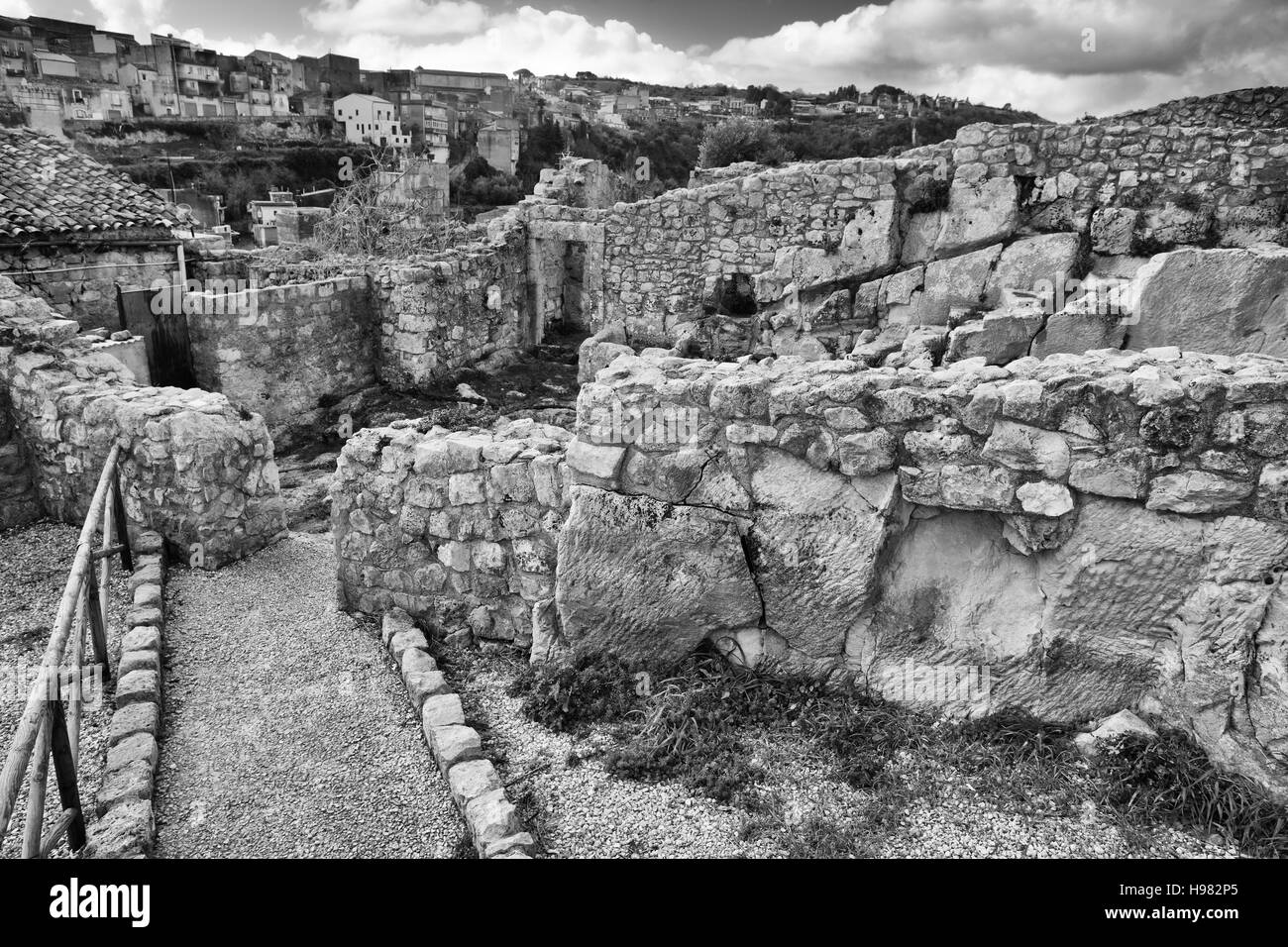 Ruins and details of medieval castle of Palazzolo Acreide. Sicily - Stock Image
