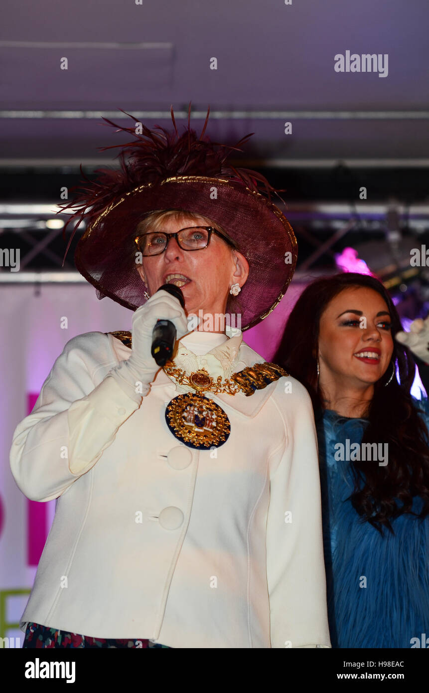 Judith McMahon is the 96th Mayor of the Borough of Southend-on-Sea, Essex, seen here switching on the town's - Stock Image