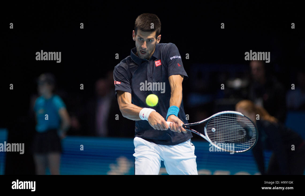 The O2, London, UK. 20th November, 2016. Day 8 singles final match, Andy Murray (GBR) defeats Novak Djokovic (SRB). - Stock Image