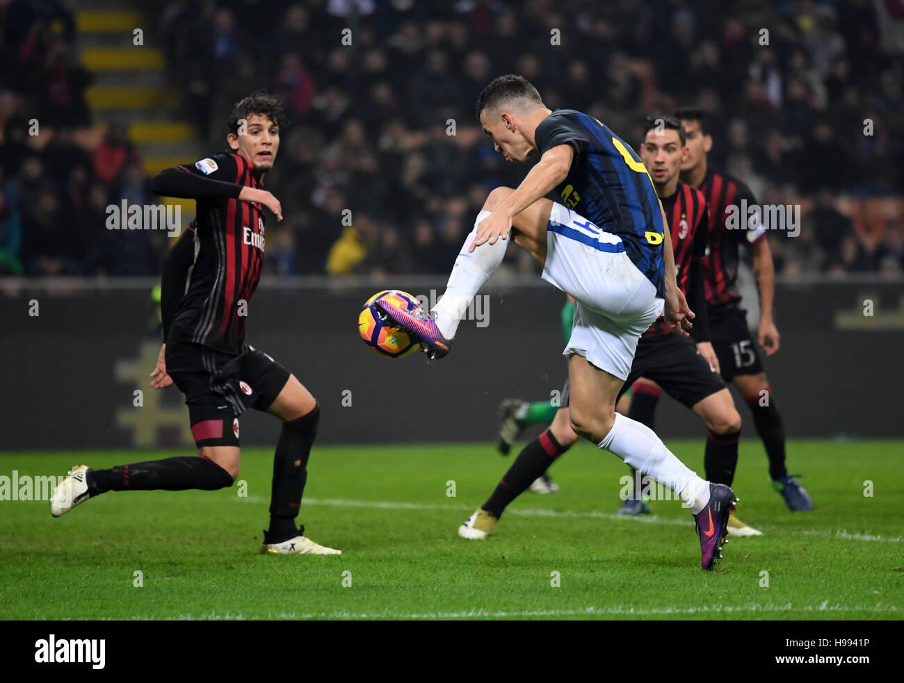 Milan. 20th Nov, 2016. Inter Milan's Ivan Perisic scores during the Italian Serie A football match between AC Milan Stock Photo