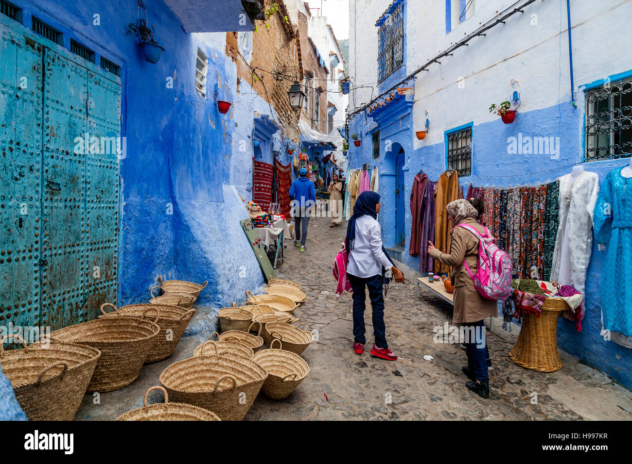 Street Life In The Medina, Chefchaouen, Morocco - Stock Image