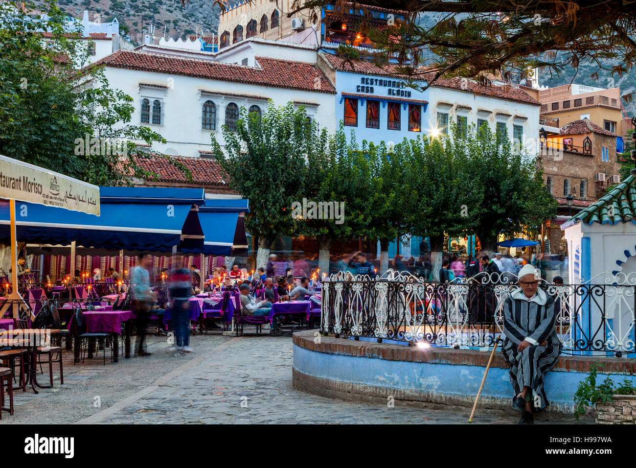 Plaza Uta el-Hammam, Chefchaouen, Morocco Stock Photo: 126208246 - Alamy