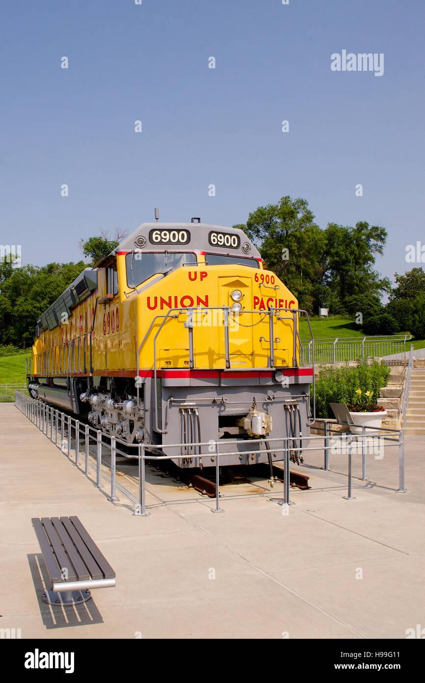 Union Pacific DD40AX at Keeefick Park, Omaha, Nebraska, USA Stock Photo