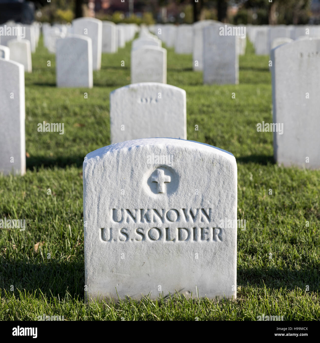 Grave marker for an unknown US Soldier at the Hampton National Cemetery, Hampton, Virginia, USA - Stock Image