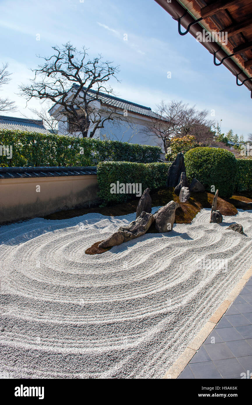 A Zen garden at the Zuiho-in Zen Buddhist temple, a sub-temple of the Daitoku-ji temple complex in Kyoto. Kyoto, - Stock Image