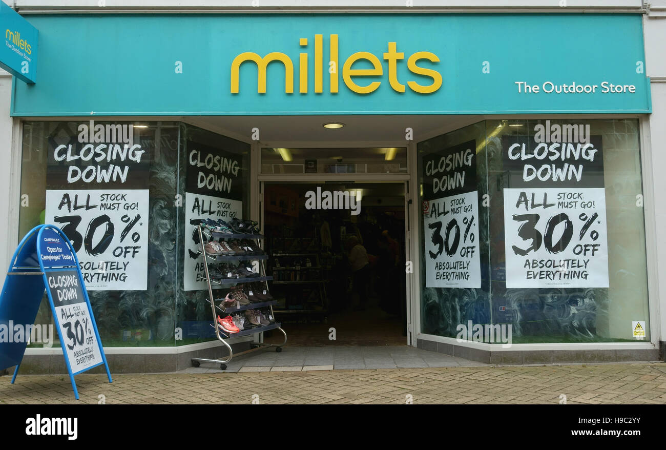 Millets Stamford outdoor clothing store closing down - Stock Image