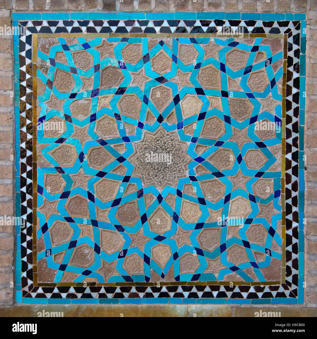 Mosaic pattern with ceramic tiles in jameh masjid or friday mosque ...
