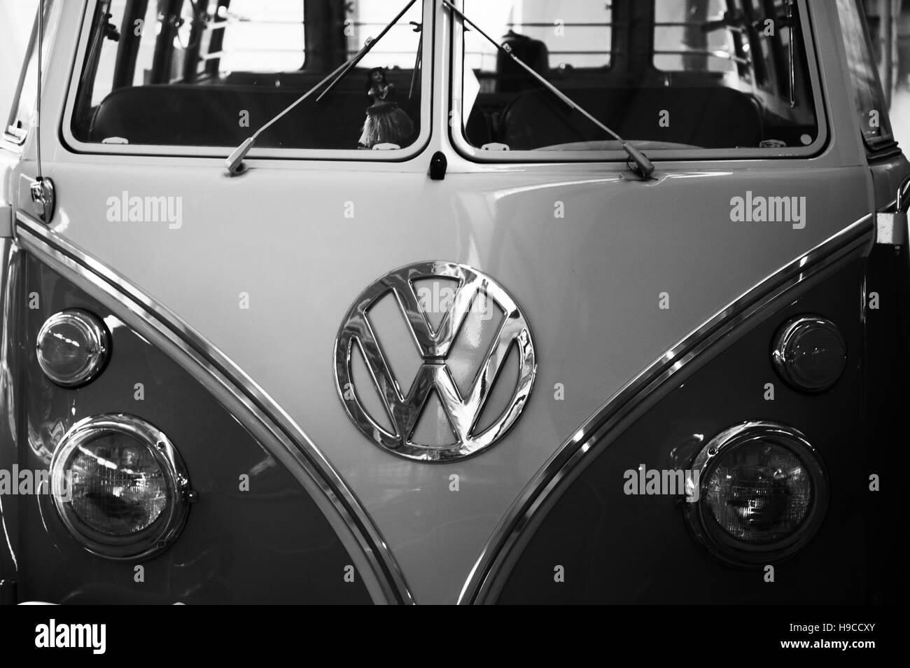Photo Volkswagen Transporter, Year 1950-1975, Minibus 9 seats be, VW,   photo auto headlight, - Stock Image