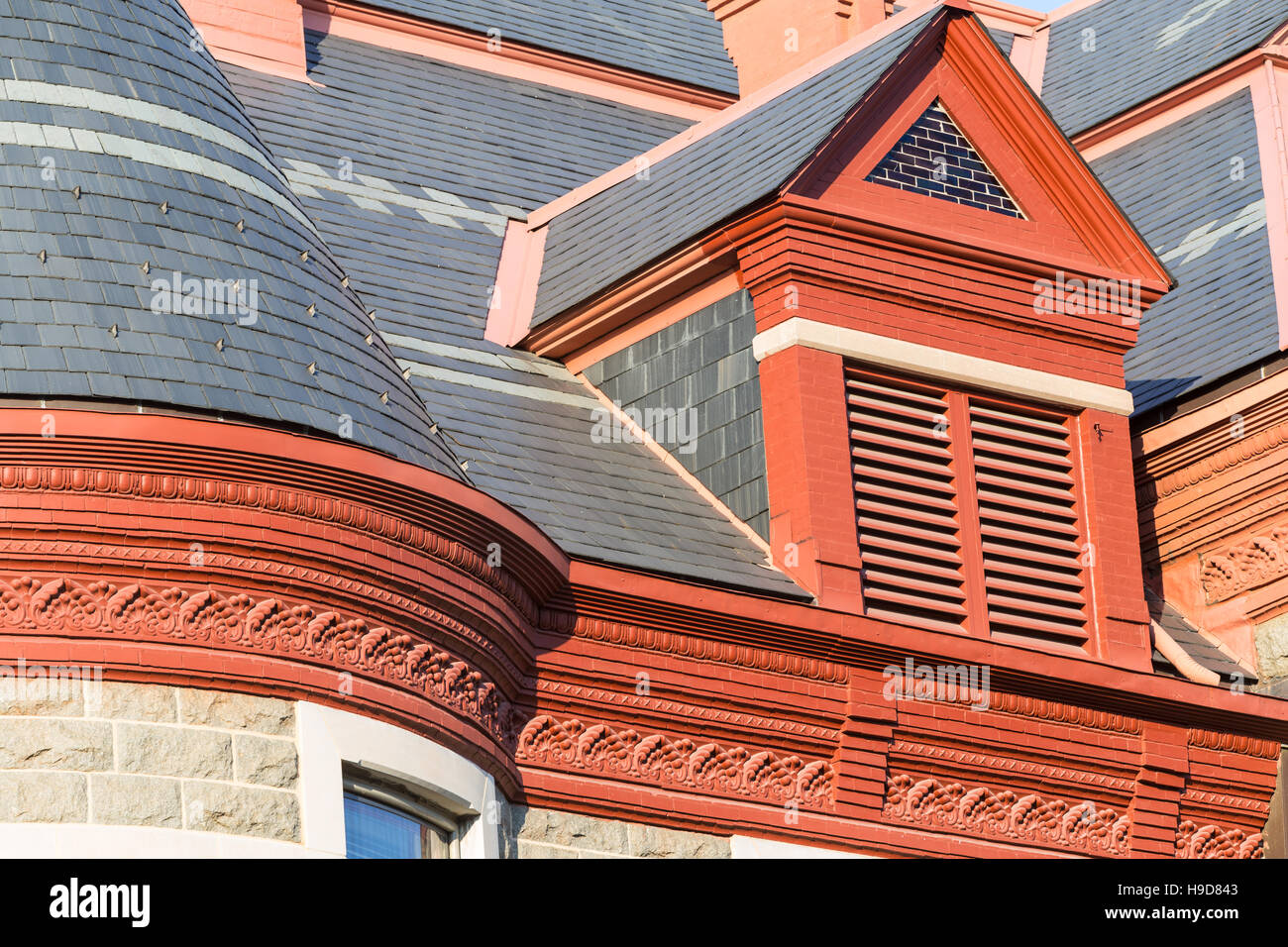 Architectural detail of the roof of the Pulaski County Courthouse in Little Rock, Arkansas. - Stock Image
