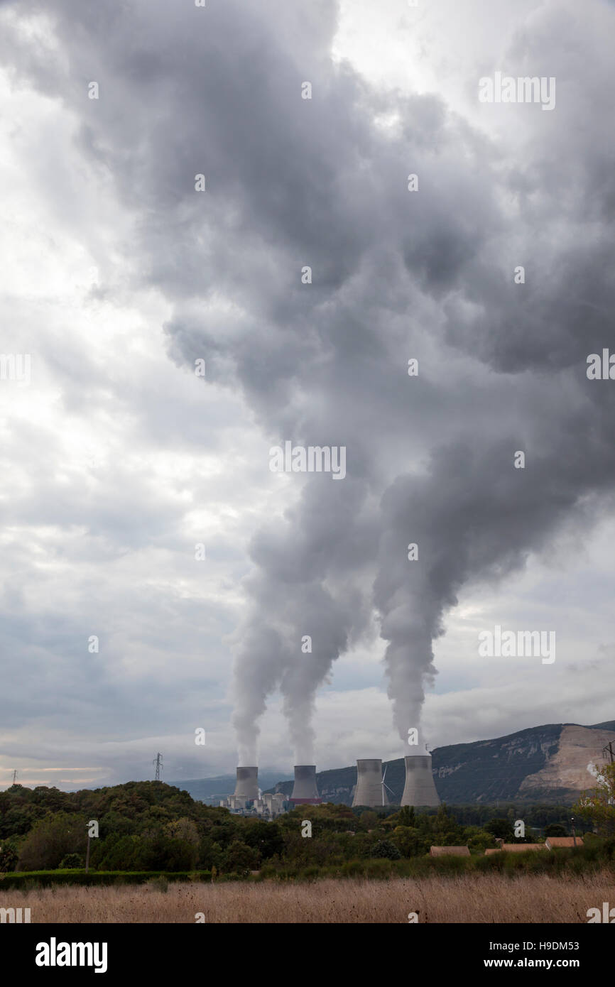 Cooling towers of nuclear power station in france - Stock Image