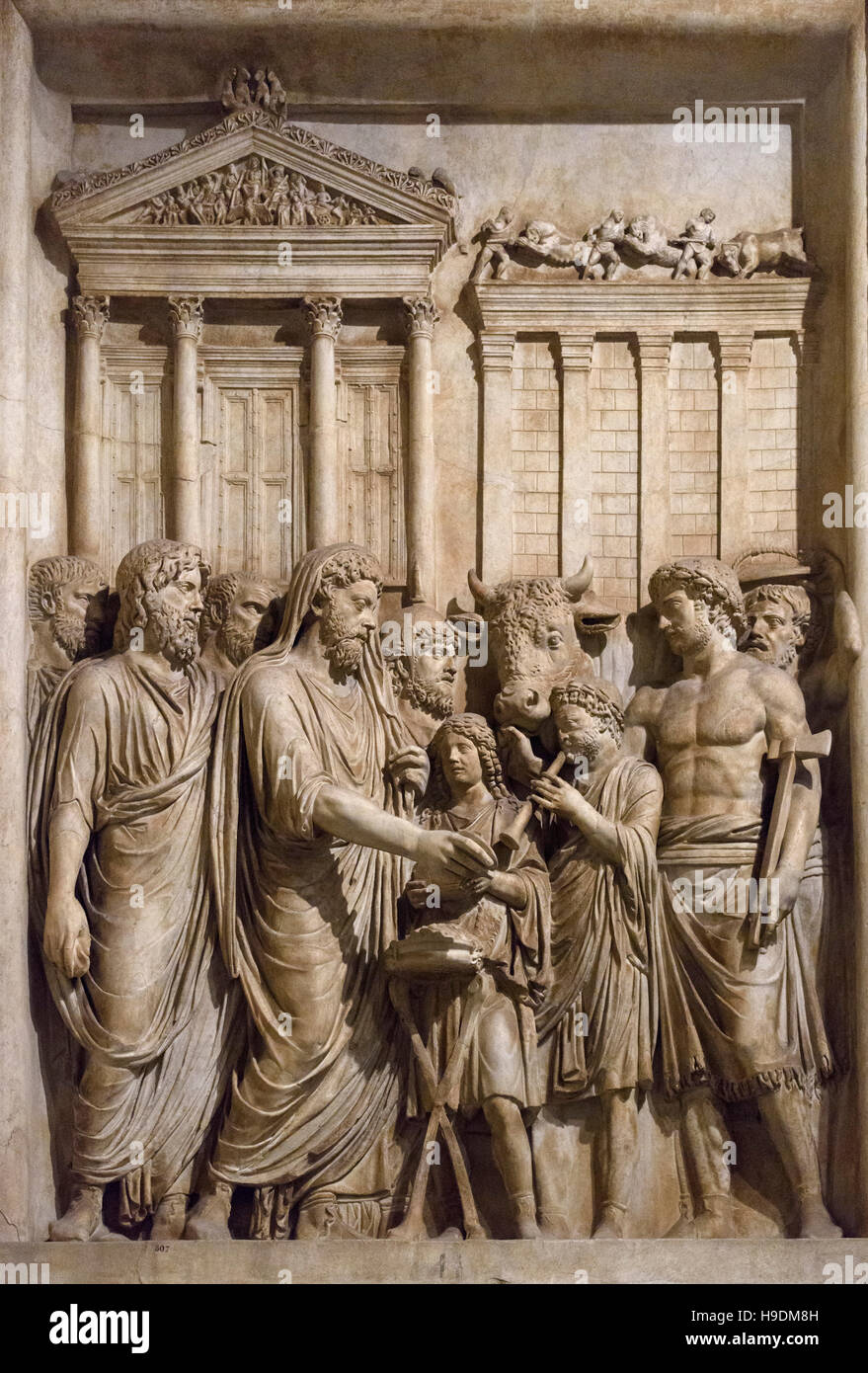 Rome. Italy. Relief panel (176-180 AD) from honorary monument to Marcus Aurelius, the Emperor wearing a Toga makes - Stock Image