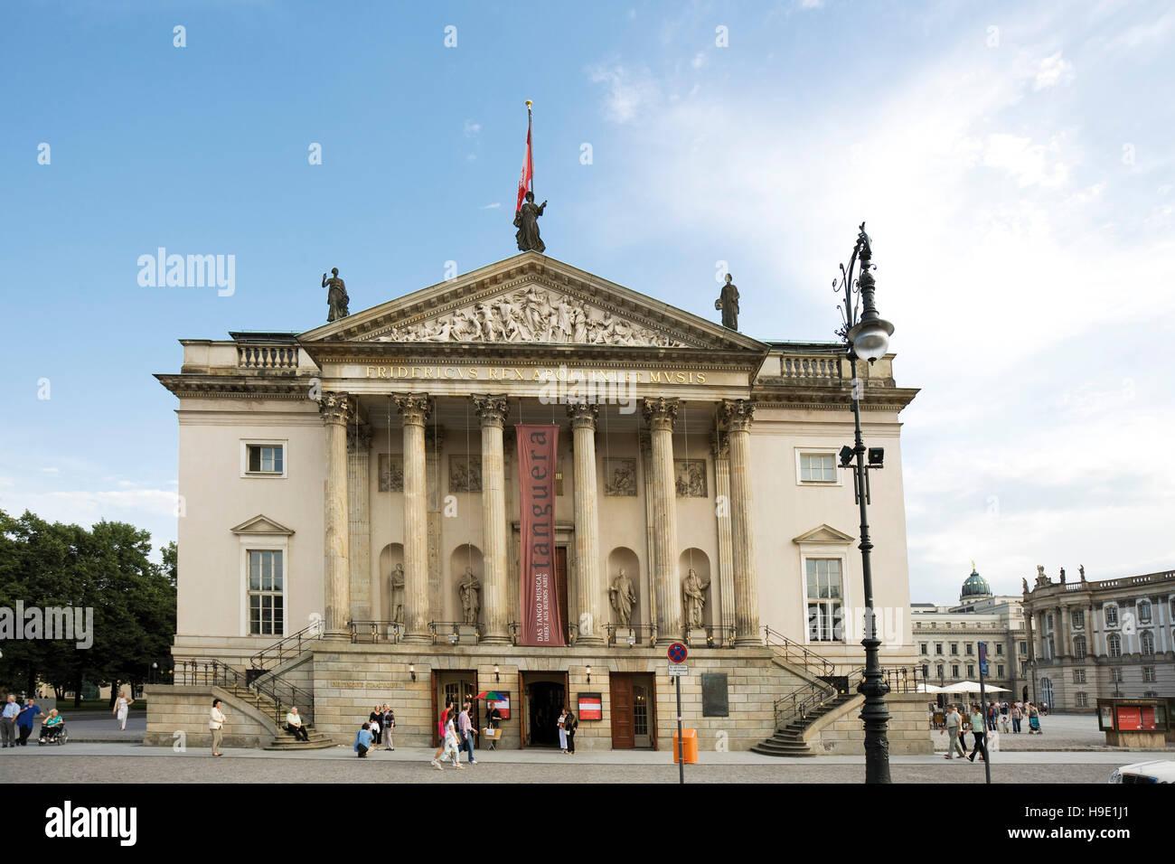 State Opera House Berlin Stock Photos & State Opera House ...