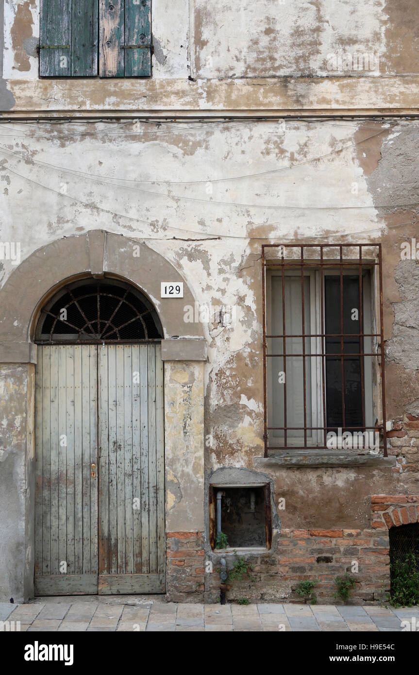 run down house, Italy - Stock Image