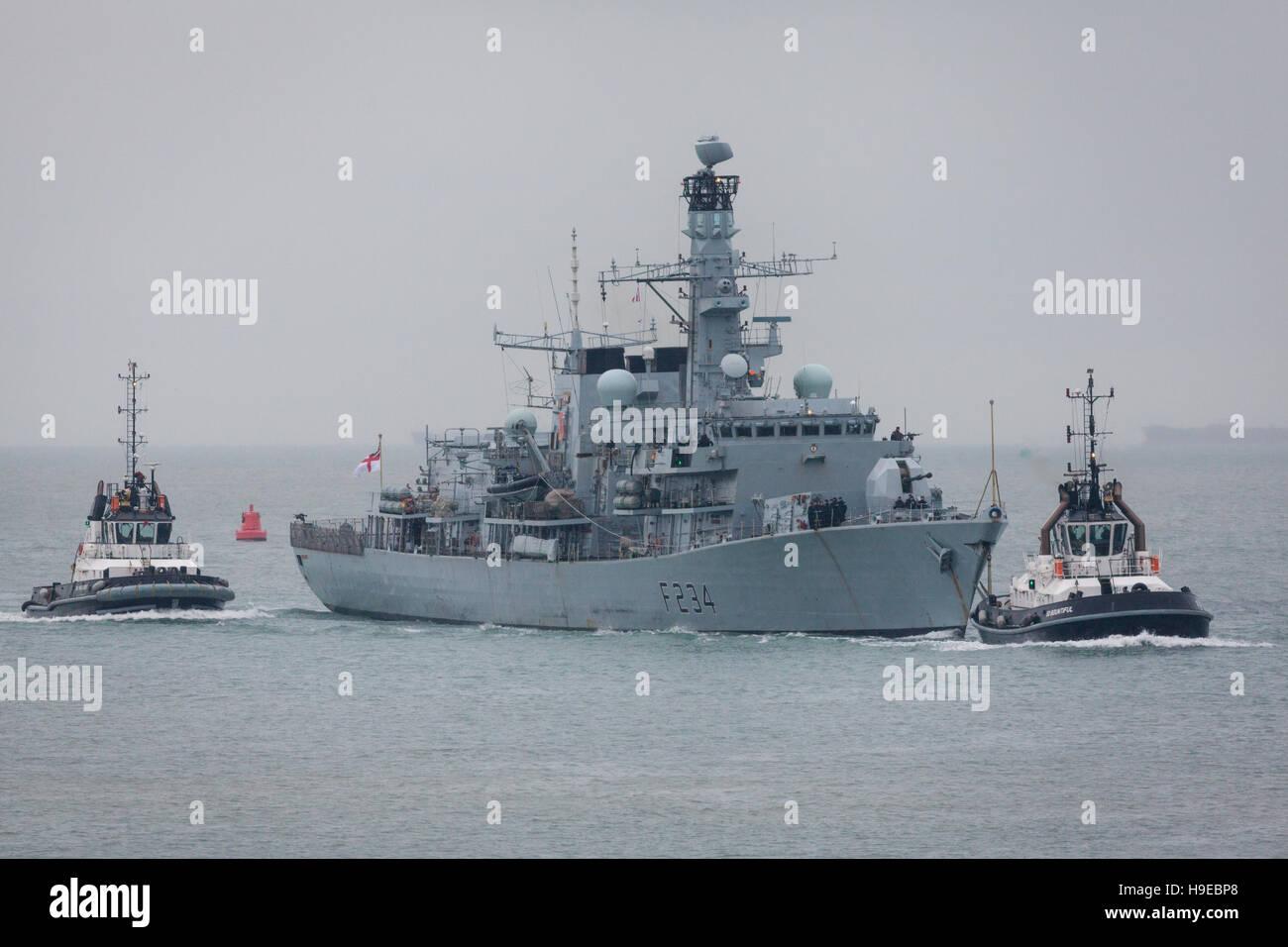 Type 23 Frigate, HMS Iron Duke returning to Portsmouth Naval Base - Stock Image