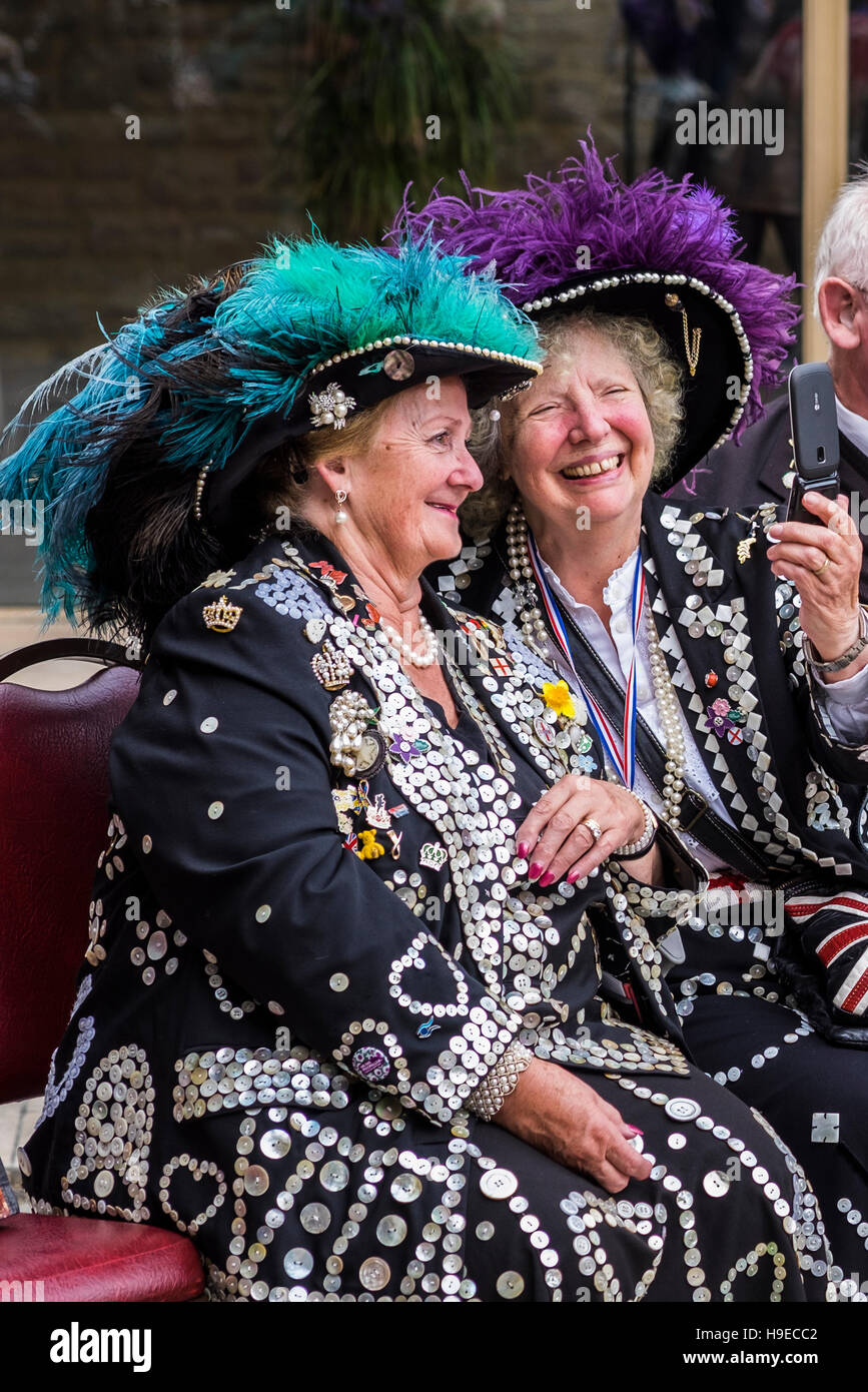 2016 Pearly Kings&Queens Harvest Festival Parade, London, England, U.K. - Stock Image
