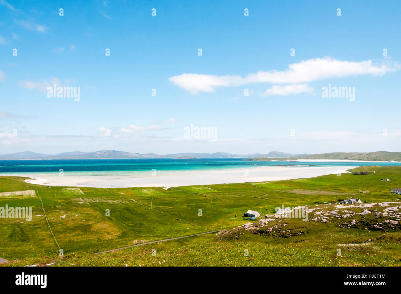 The beach of Tràigh Sgùrabhal in the north of the Isle of Barra, in the Outer Hebrides. - Stock Image