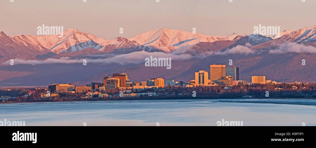 Anchorage, Alaska skyline at sunset - Stock Image