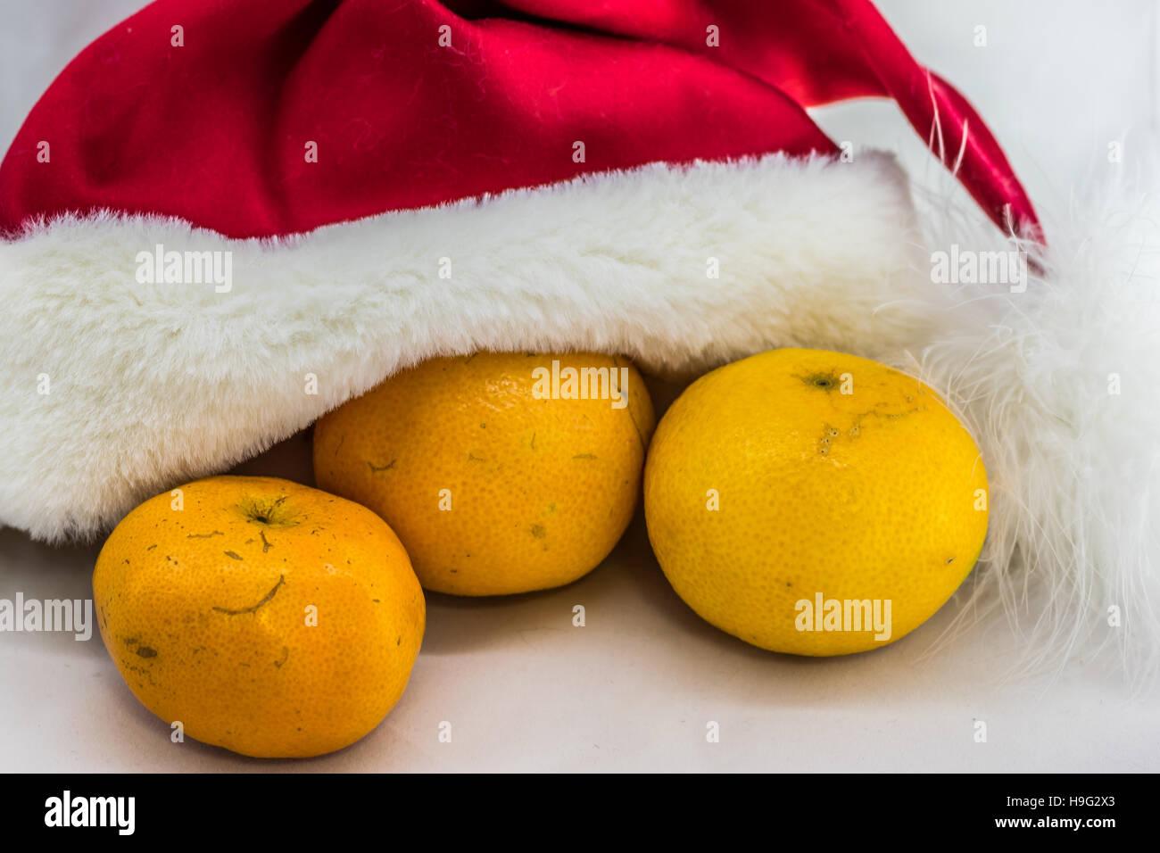 Christmas oranges - Stock Image