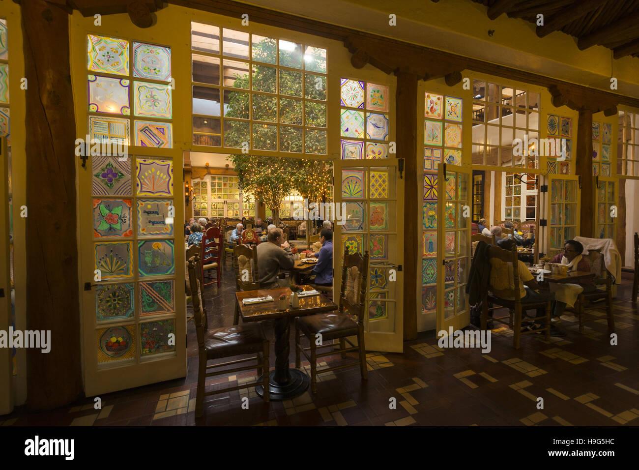 New Mexico, Santa Fe, Loretto Hotel, dining room - Stock Image