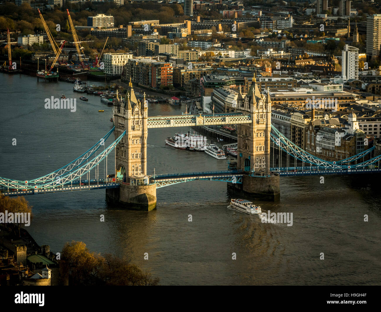 Tower Bridge over the river Thames, London, UK. - Stock Image