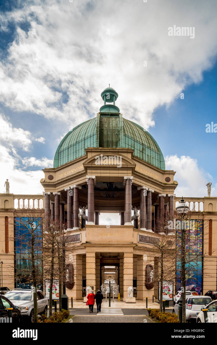 The Trafford Centre dome and entrance, Manchester. - Stock Image
