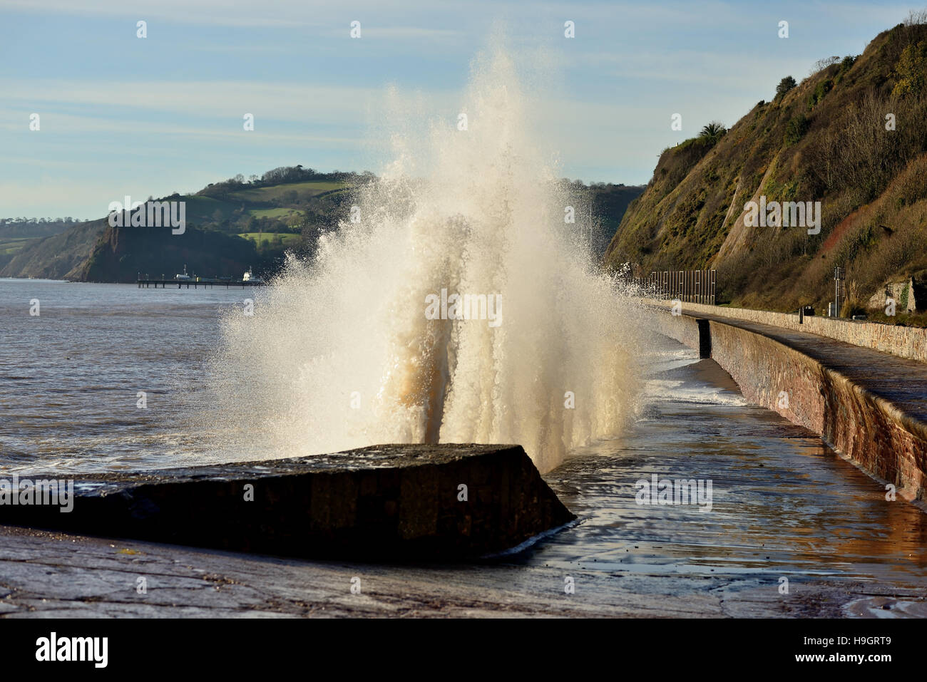 Rough seas during high tide along the Teignmouth sea wall at Sprey Point. Stock Photo