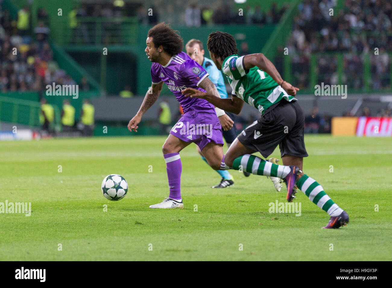 Lisbon, Portugal. 22nd Nov, 2016. Real Madrid's defender from Brazil Marcelo (12) during the game of the UEFA - Stock Image