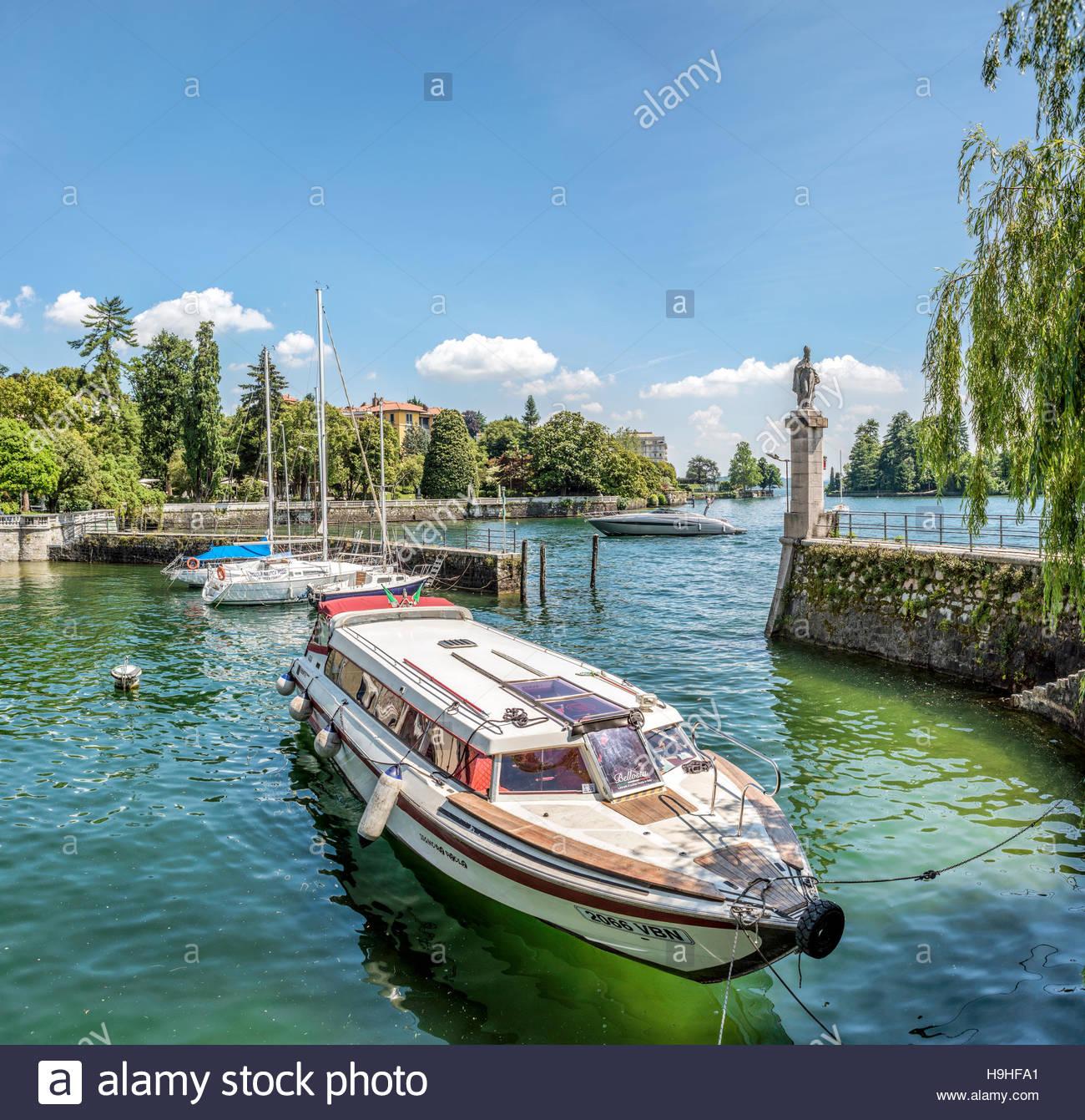 Marina of Pallanza at Lago Maggiore, Piedmont, Italy   Yachthafen von Pallanza am Lago Maggiore, Piemont, Italien - Stock Image