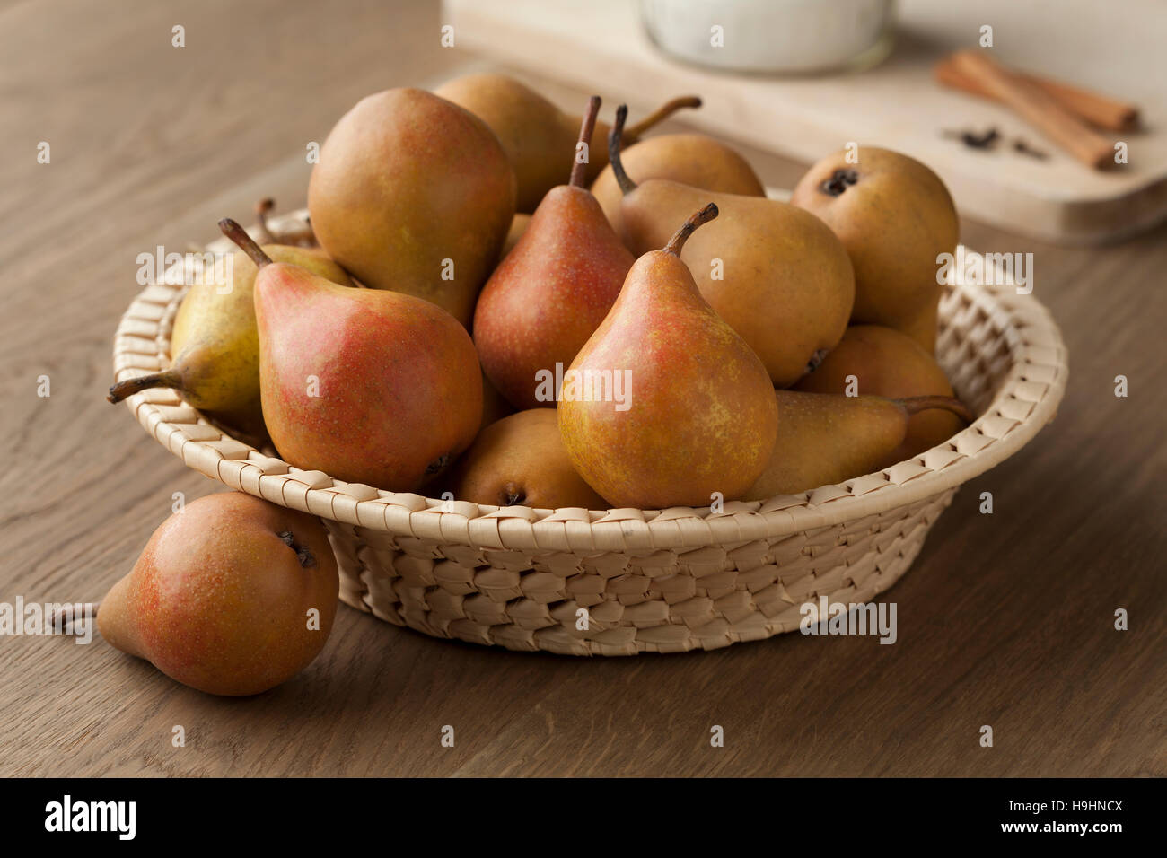 Fresh picked Gieser Wildeman pears in a basket - Stock Image