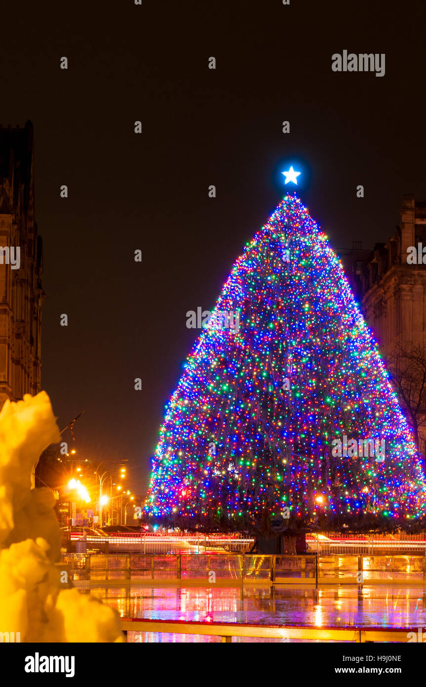 The large outdoor Christmas tree on Clinton Square in Syracuse NY - Stock Image